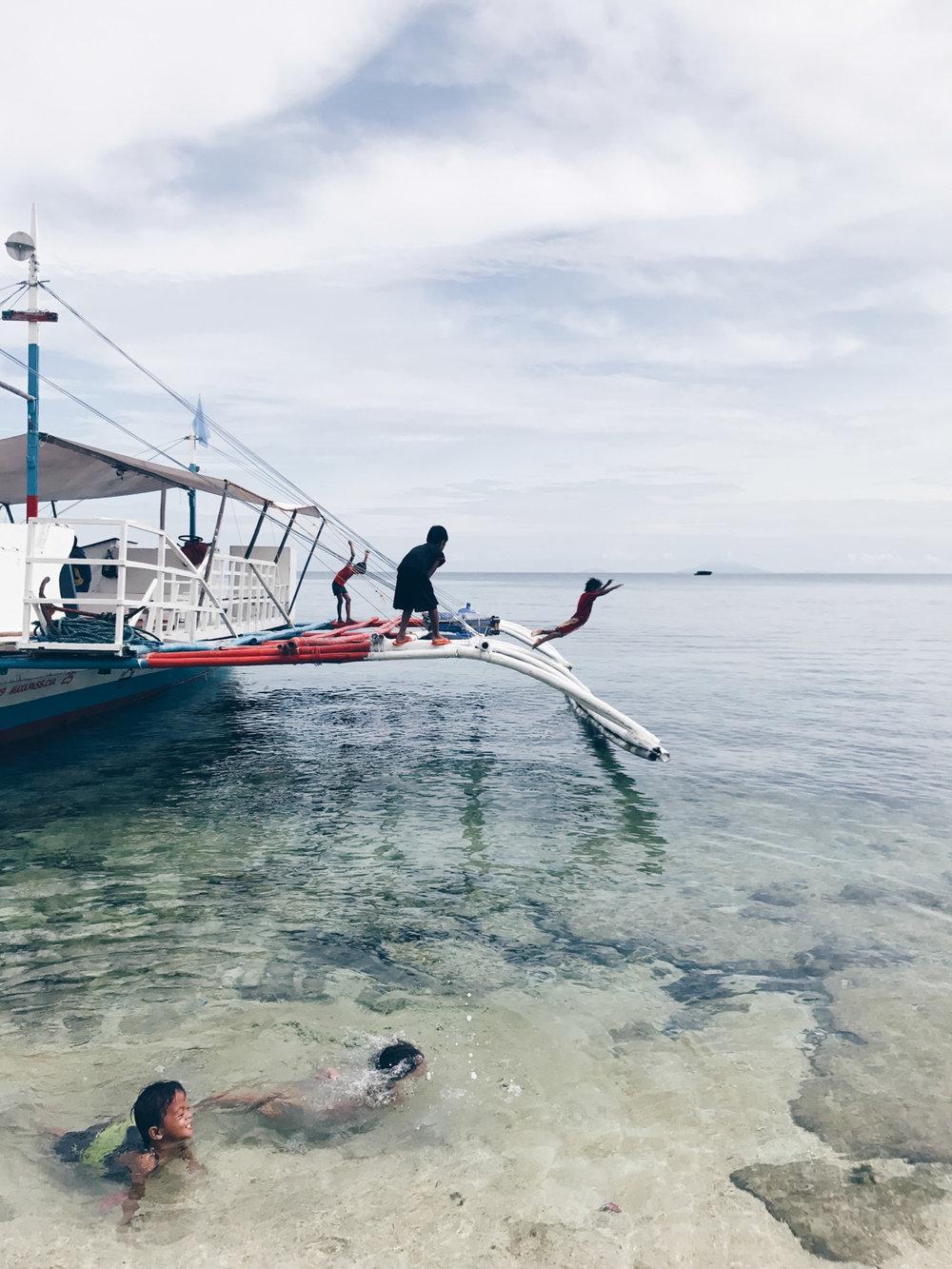 marina_philippines_malapascua04.jpg