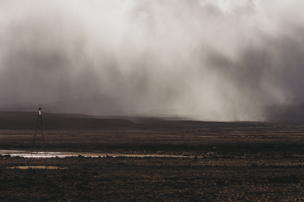 A storm coming in quickly from Desert Road, Mount Tongariro.