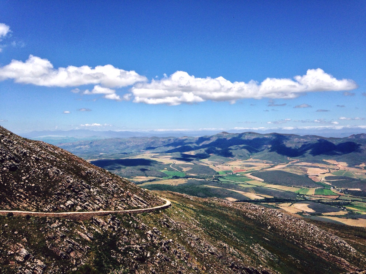 View from the top of Swartberg Mountain Range || #Karoo #ThisisSouthAfrica