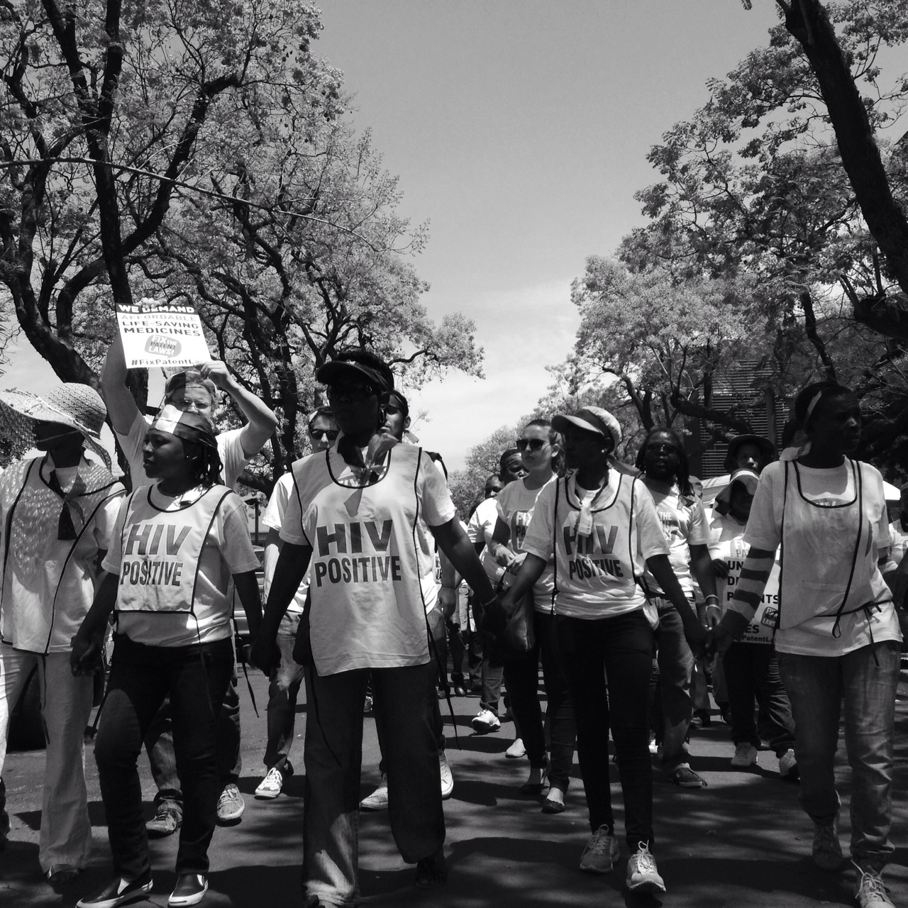 2/3: [ @DoctorsWithoutBorders ]  As the period available for the public to comment on the Draft National Policy on Intellectual Property draws to a close, roughly 300 activists and members of the public, march on the Department of Trade and Industry's Pretoria offices, in protest of secondary prescription drug patents and the high cost of medicine in South Africa. Some are blindfolded with the South African flag, to illustrate how the government is 'blindly' handing out patents without acknowledgement to the lack of research and funding into fighting diseases such as TB, that are particularly prevalent in South Africa. Follow @DoctorsWithoutBorders and help #FixPatentLaw #DoctorsWithoutBorders