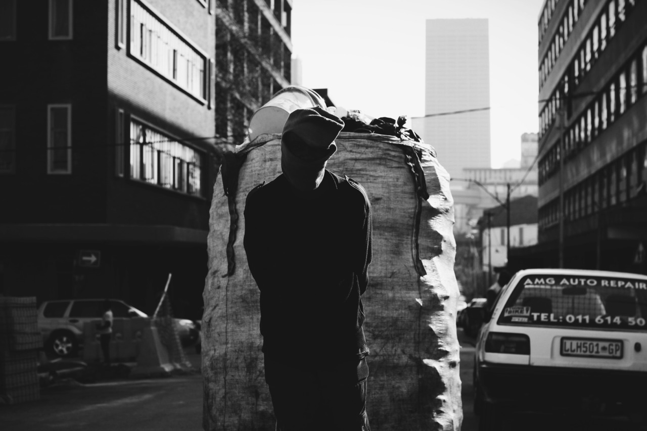 Rubbish Man || 650D @ Maboneng