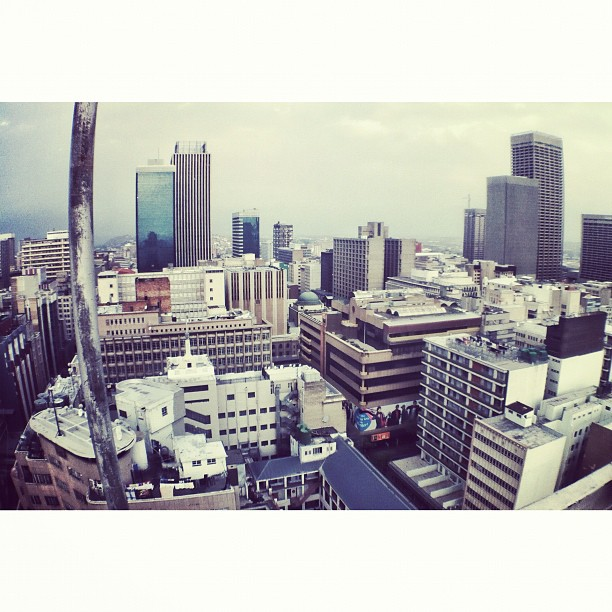 Gritty City | #iartjoburg #bombjozi #igersjozi  (Taken with  Instagram  at Ansteys Building)
