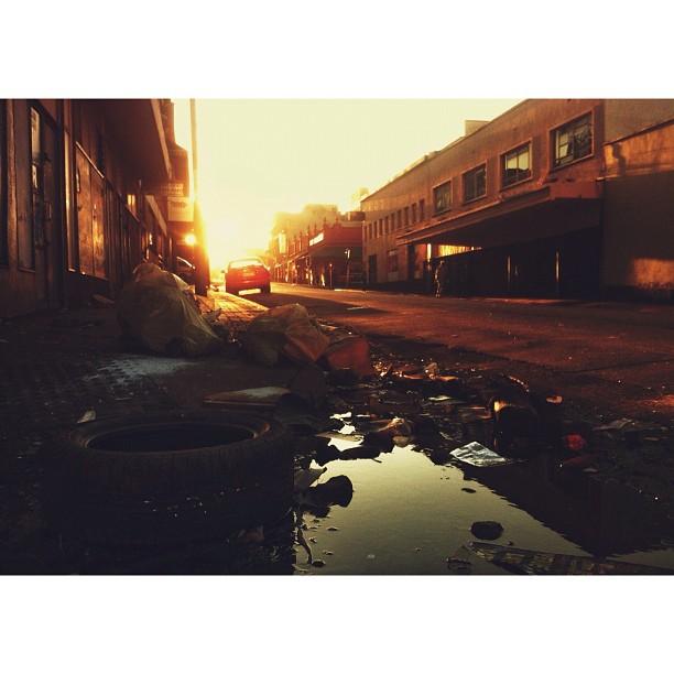 Dead End Sunrise   #iartjoburg #jozi  (Taken with  Instagram  at The Maboneng Precinct)