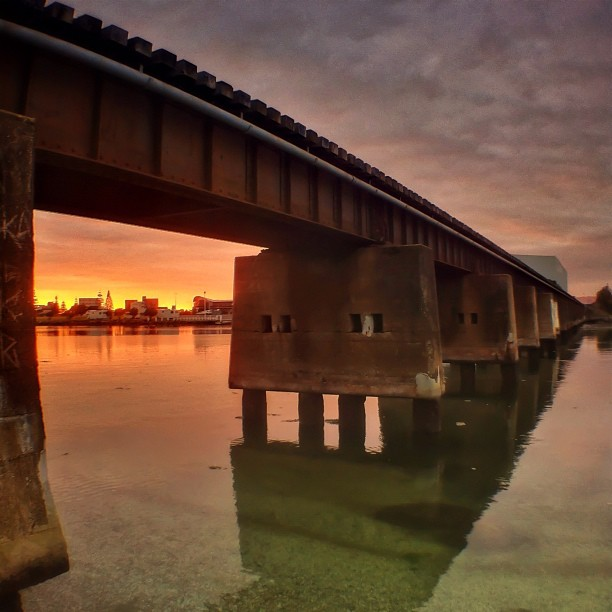 Sunrise under the train tracks this morning | #igersnewzealand #igersnz #newzealand #nz #bayofplenty #au_nz_hotshots #igerstauranga (Taken with  Instagram  at Tauranga Domain)