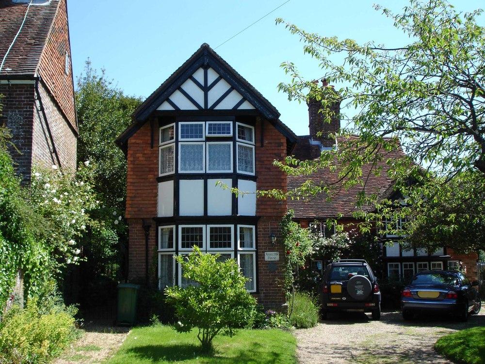 Asselton House Sedlescombe Village
