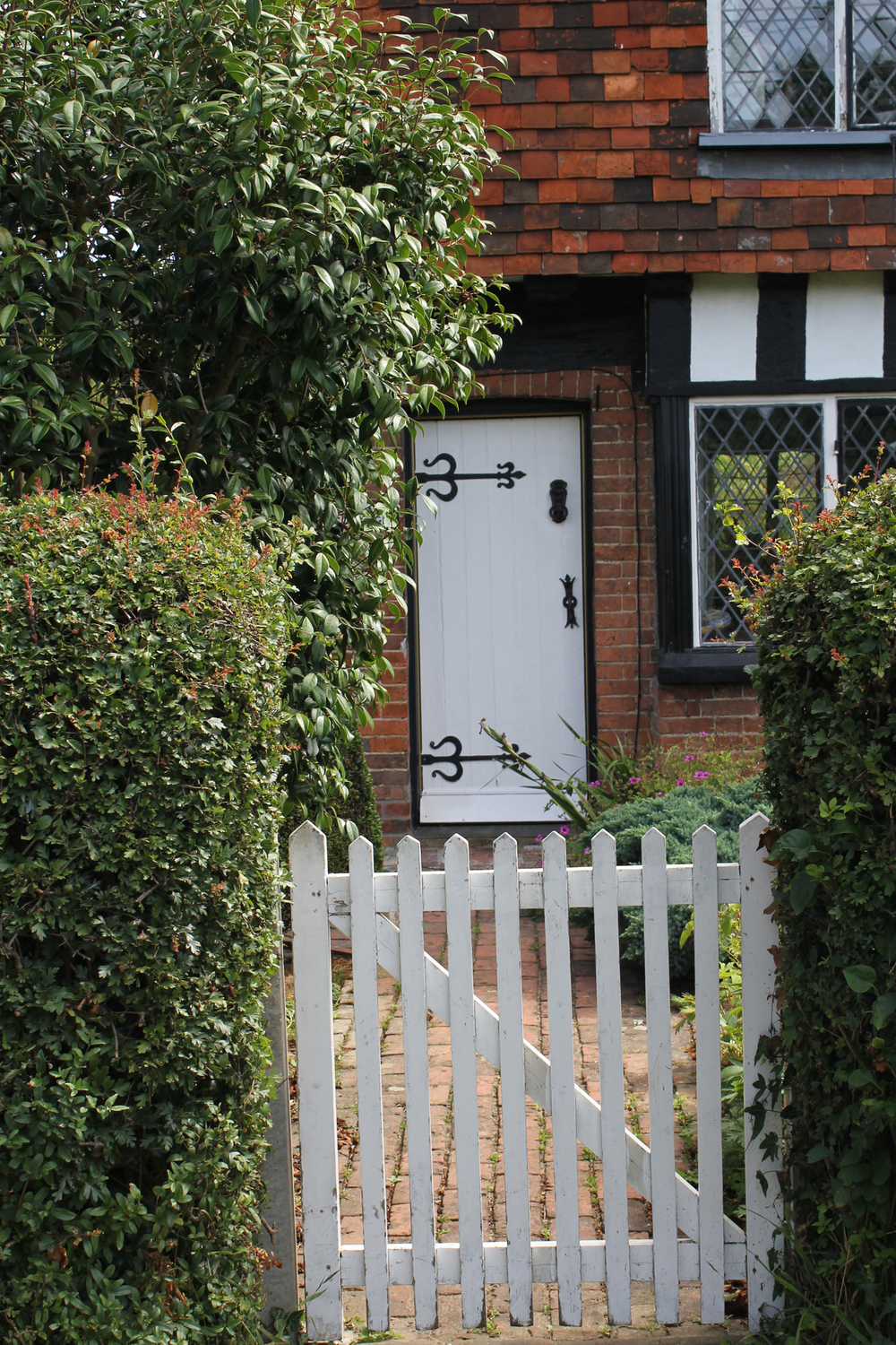 Barrack Cottage Gate