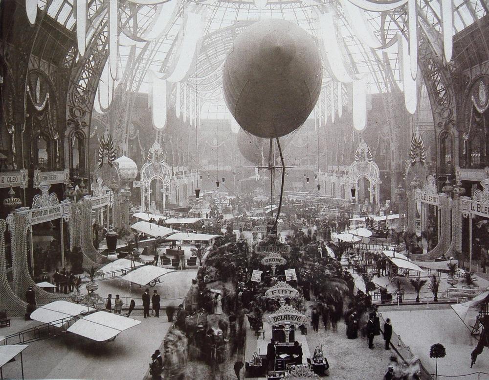 Salon_de_locomotion_aerienne_1909_Grand_Palais_Paris.jpg