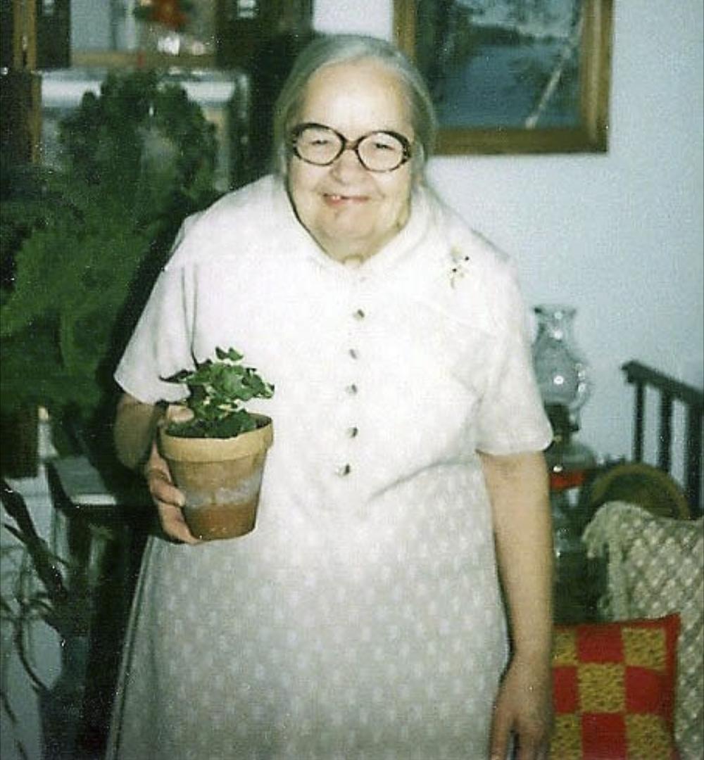 I liked Gram's glasses!