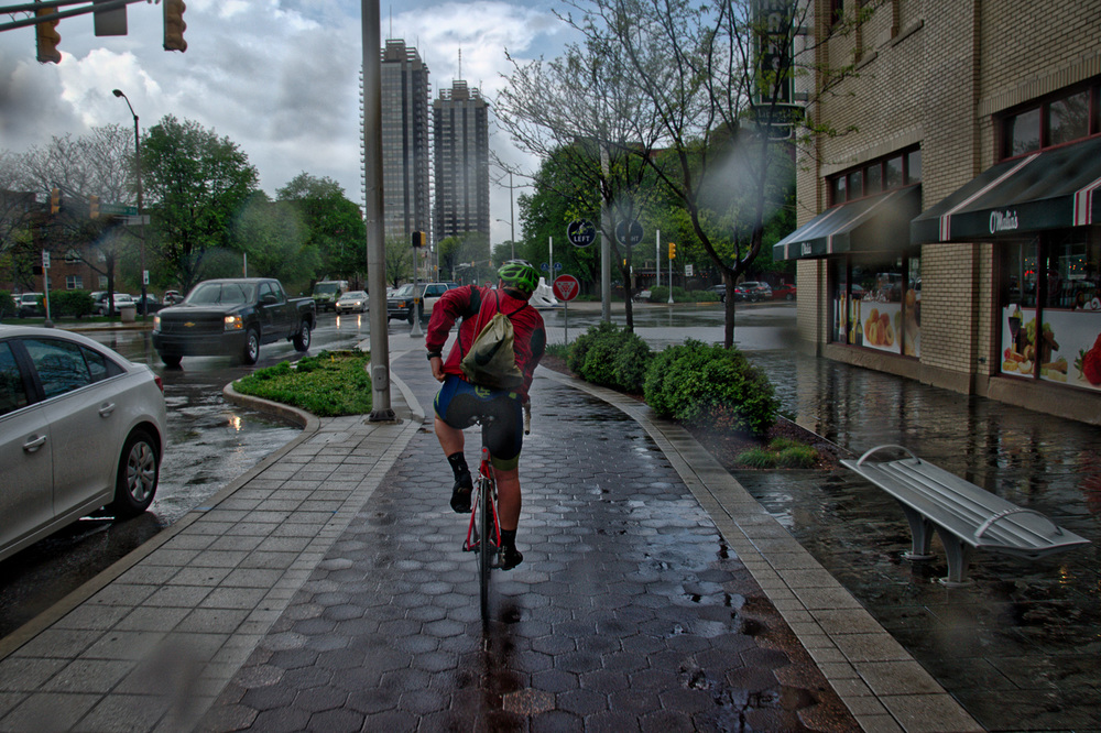 cyclistadjusting (1 of 4).jpg