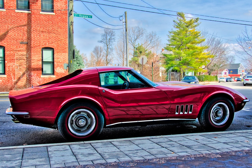 Click on a wheel to view a not so little Corvette.