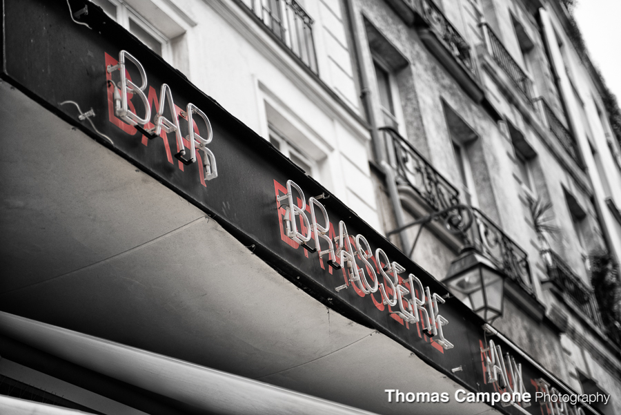 Bar Brasserie  1/2000 Sec - f2.8 - ISO 400 - 70mm