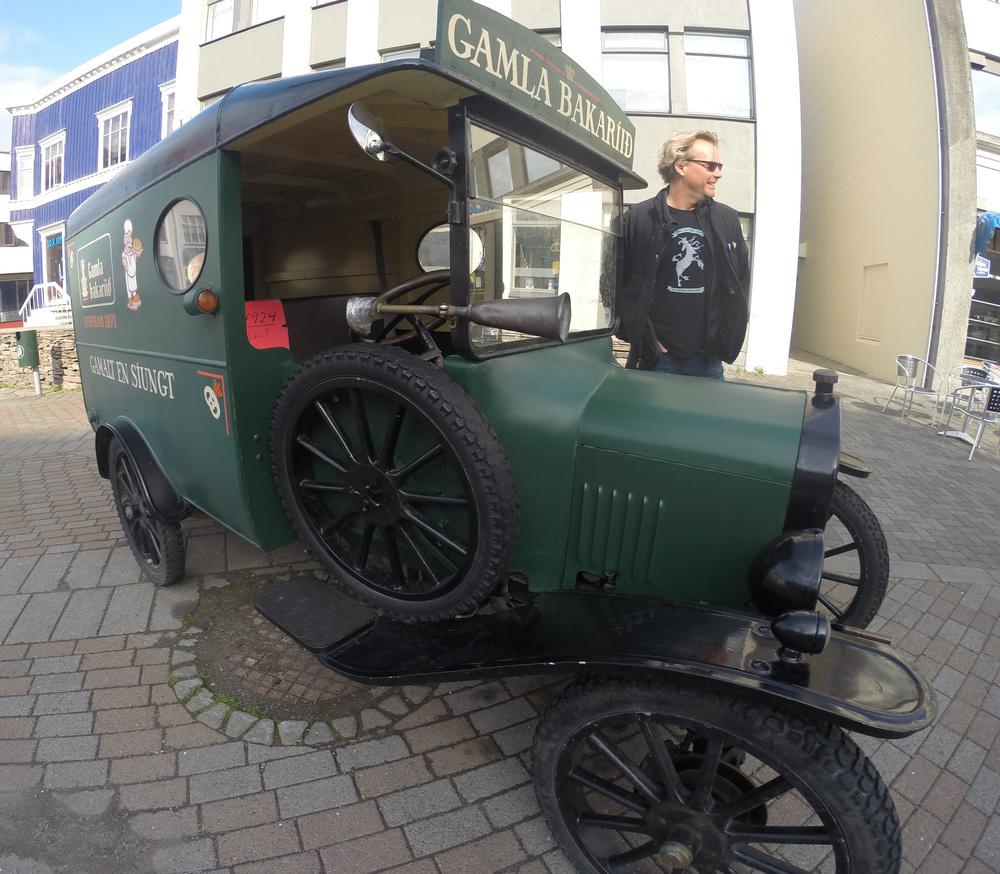 Old Bakery car_edited-1.JPG