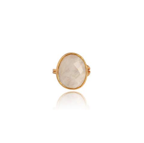 Nougat-Moonstone-Ring_b26946fb-df3c-43d4-8093-d8fdd363d681_large.jpg
