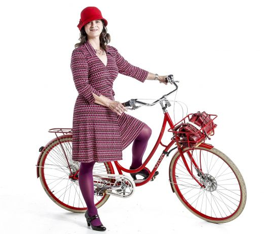 Janet Lafleur of the Ladyfleur blog in SFGate's bike fashion blog on March 2nd!