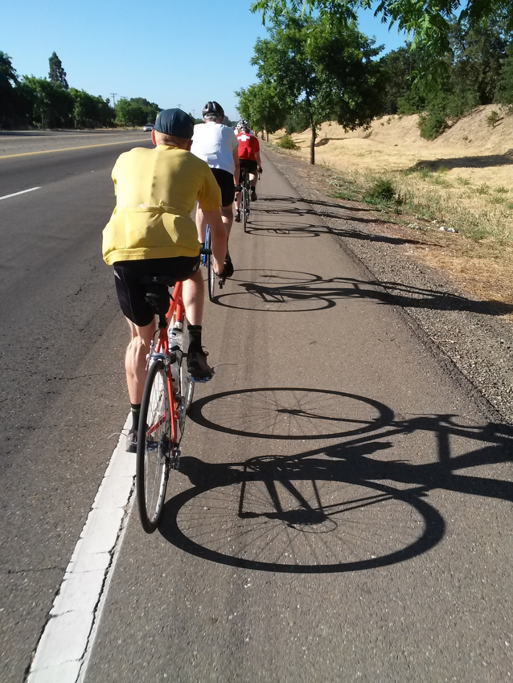 A view of the 6th Annual Freedom Ride (July 4th), organized by my boyfriend, Mel, the man in yellow. I got a good taste of the ride even if I didn't complete all 65 miles of it.