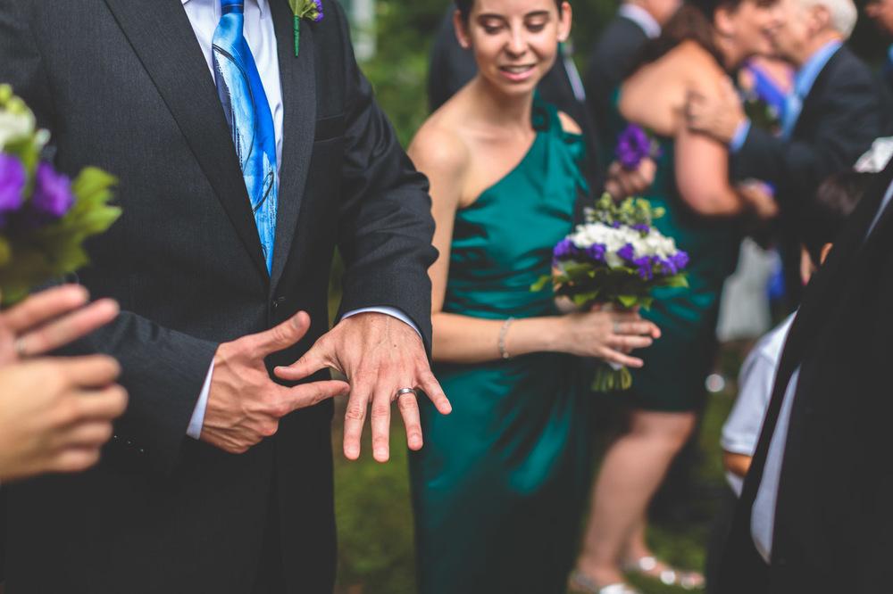 jen-bob-wedding-unionville-vineyards-nj-26.jpg