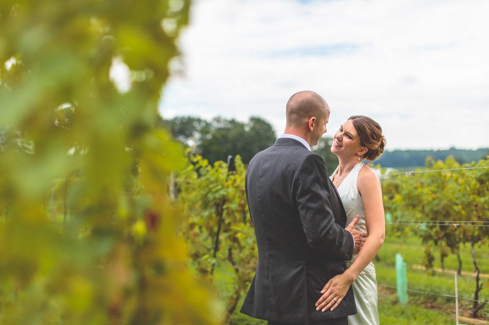 jen-bob-wedding-unionville-vineyards-nj-29.jpg