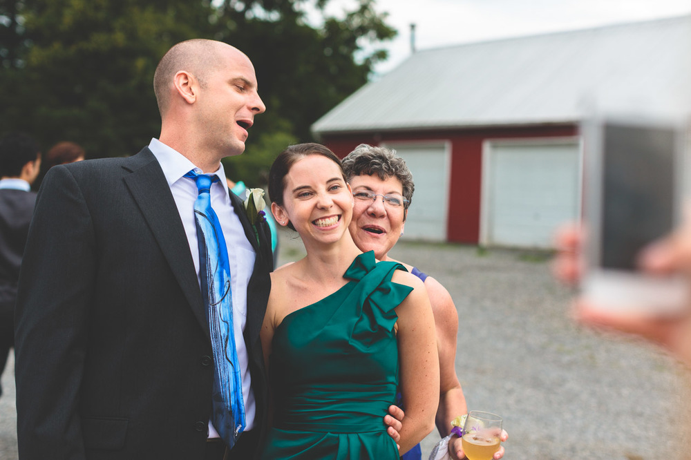 jen-bob-wedding-unionville-vineyards-nj-34.jpg