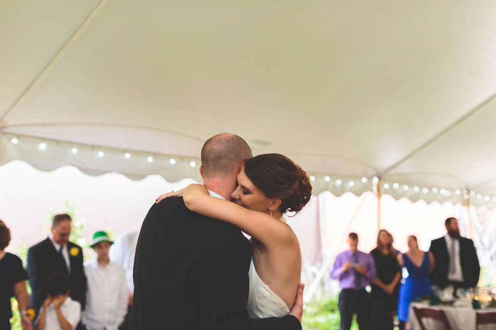 jen-bob-wedding-unionville-vineyards-nj-37.jpg