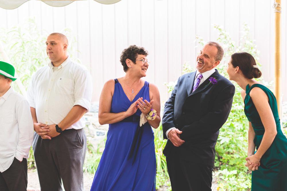 jen-bob-wedding-unionville-vineyards-nj-36.jpg