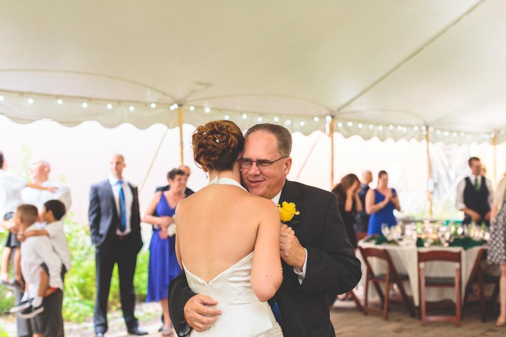 jen-bob-wedding-unionville-vineyards-nj-41.jpg