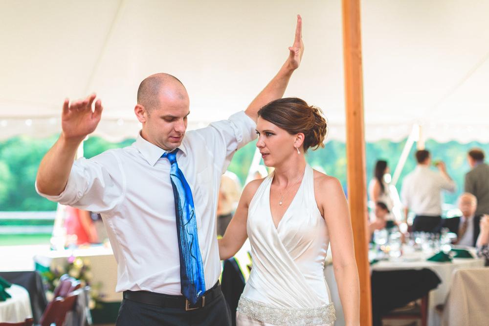 jen-bob-wedding-unionville-vineyards-nj-49.jpg