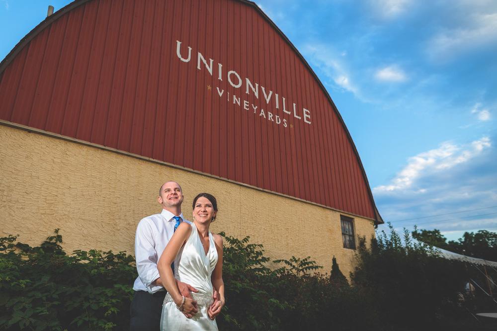 Wedding Unionville Vineyard Photography