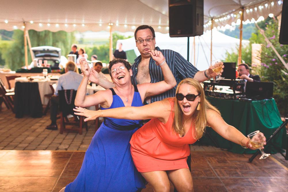 jen-bob-wedding-unionville-vineyards-nj-66.jpg