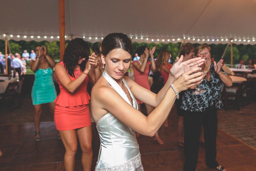 jen-bob-wedding-unionville-vineyards-nj-69.jpg