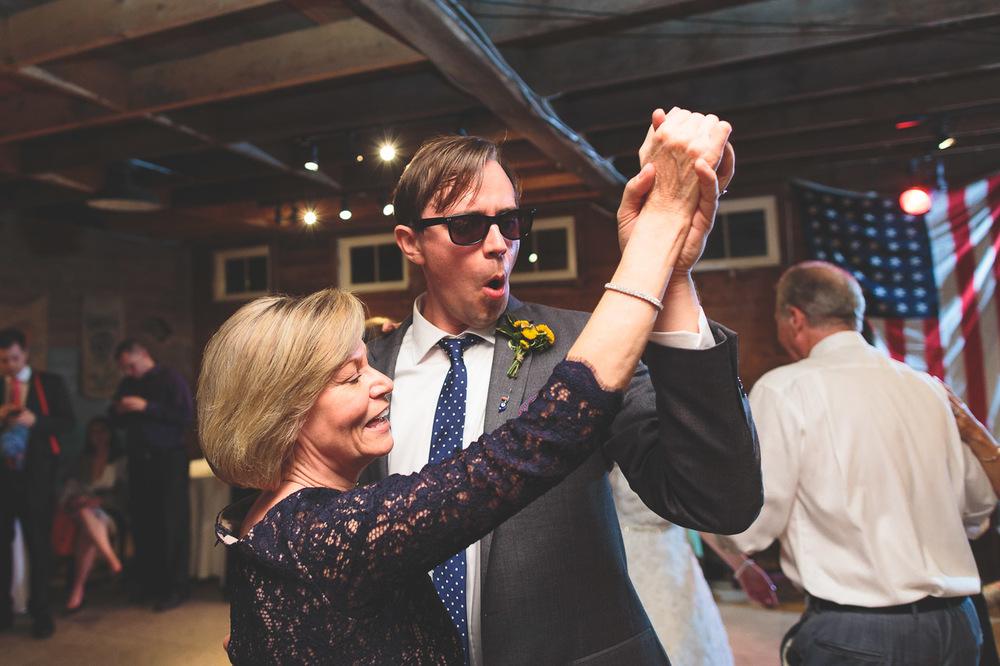 nicole-jeff-raritan-inn-wedding-49.jpg