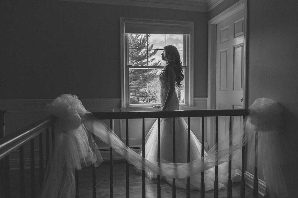 Bride waits for her Day
