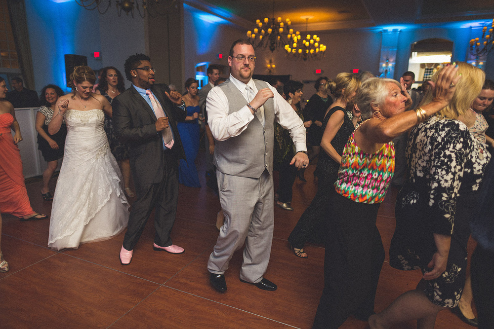 Groom Dances