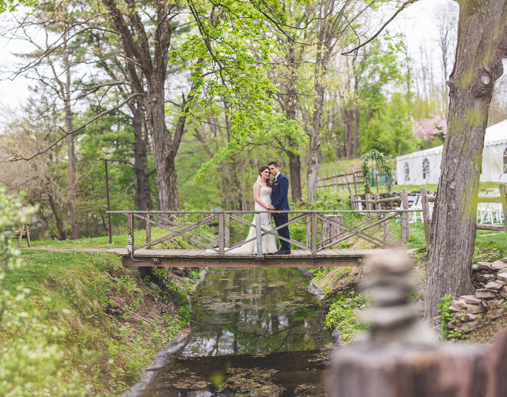 Creative Wedding Photographer Millrace Pond