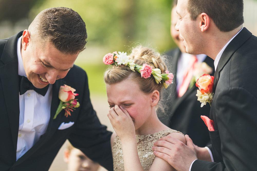Daughter gets emotional at start of wedding