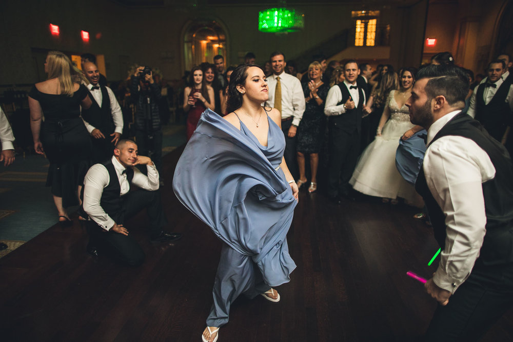Sassy Dance Grove Wedding