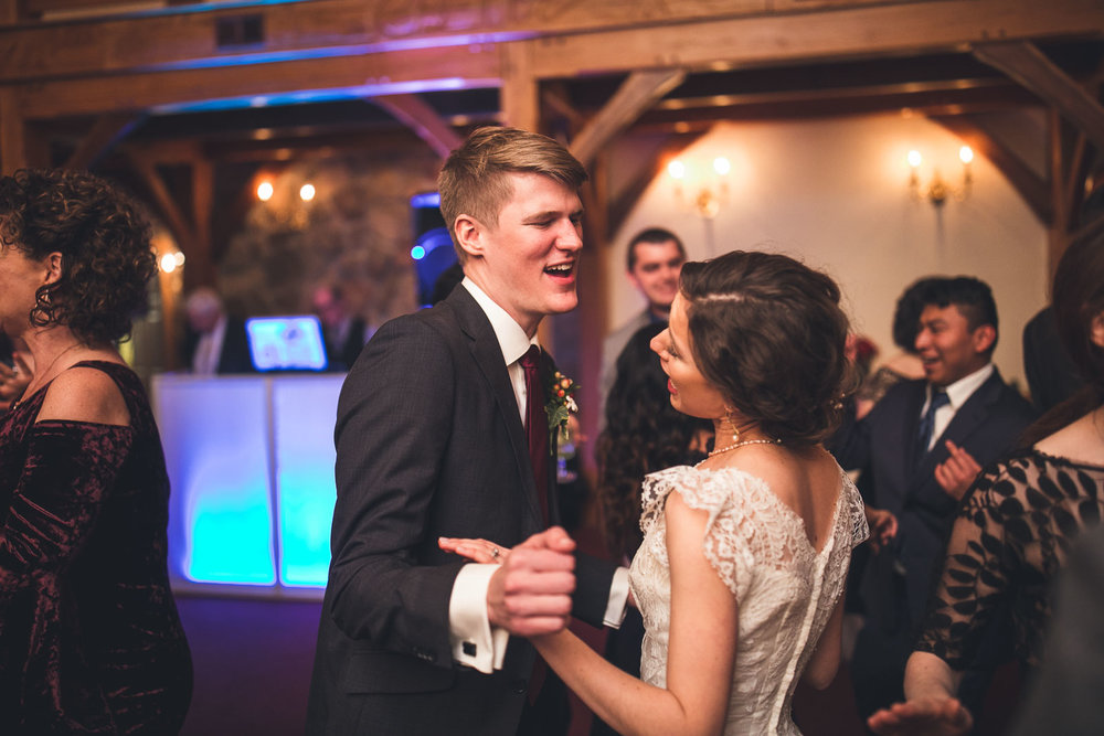 Groom gets down Cranbury Inn wedding