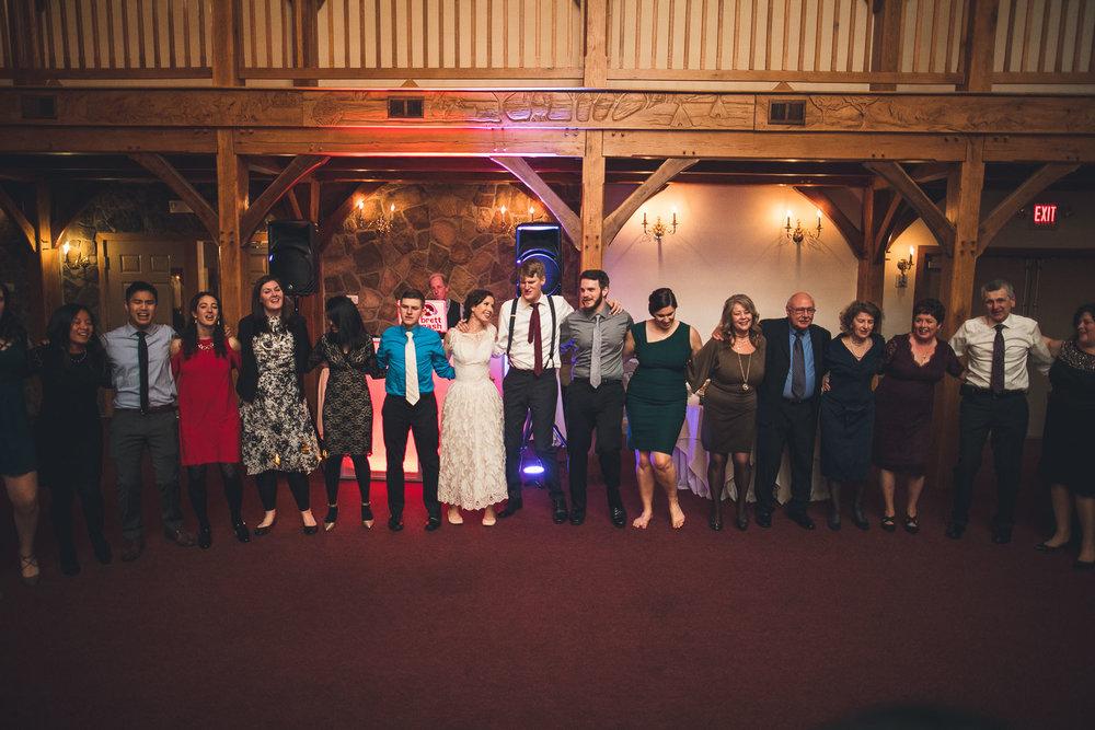 Giant Circle Cranbury Inn Wedding