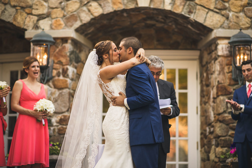 Olde Mill Inn First Kiss Wedding
