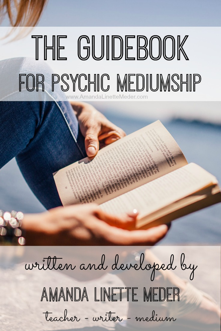 The Medium's Toolkit - psychic medium guide book | intuitive development | readings | how to give a reading | psychic mediumship