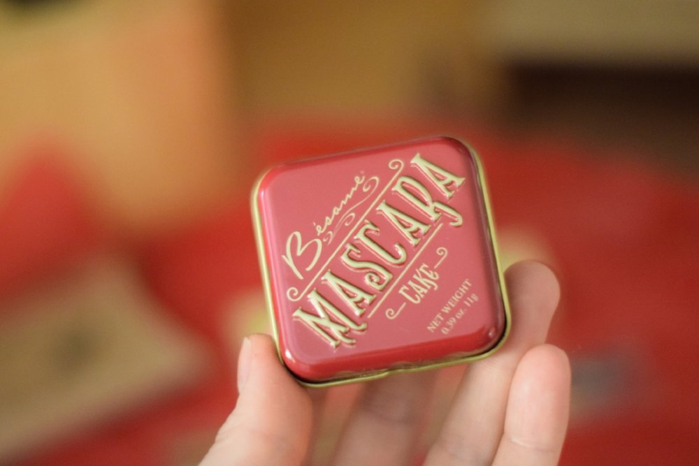besame-cake-mascara-tin-picture