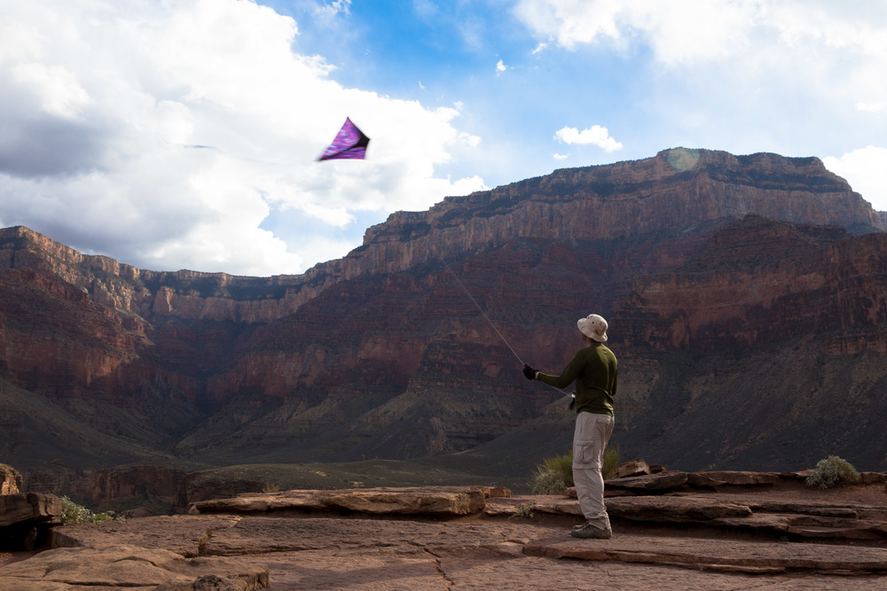 Kite flying at Plateau Point