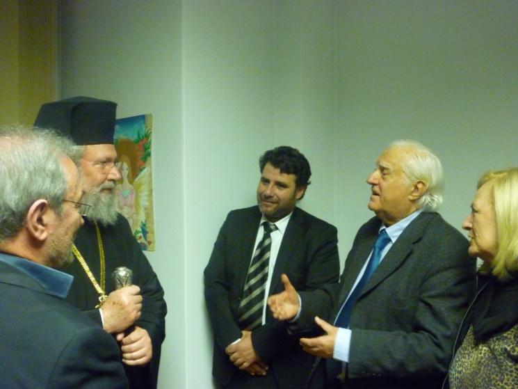 Στιγμιότυπο από την τελετή εγκαινίων του Σταθμού Συμβουλευτικής ΑποφασίΖΩ που το ΚΙΨ λειτουργεί με την υποστήριξη της Ιεράς Αρχιεπισκοπής Κύπρου.