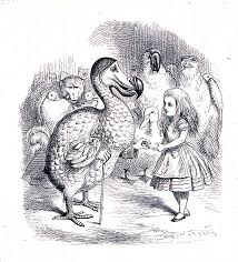 """Η ατάκα του Ντότο στο παραμύθι """"Η Αλίκη στη χώρα των θαυμάτων"""": Όλοι κέρδισαν, όλοι να πάρουν βραβεία"""" αποτέλεσε ιδέα σύμβολο του Συνθετισμού που αναγνωρίζει την συμπληρωματικότητα των δογματικών θεραπειών όπως η ψυχανάλυση και ο συμπεριφορισμός που πάσκιζαν ματαίωςνα αποδείξουν την υπεροχή τους."""