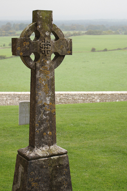 celtic-cross-gravestone-a.jpg