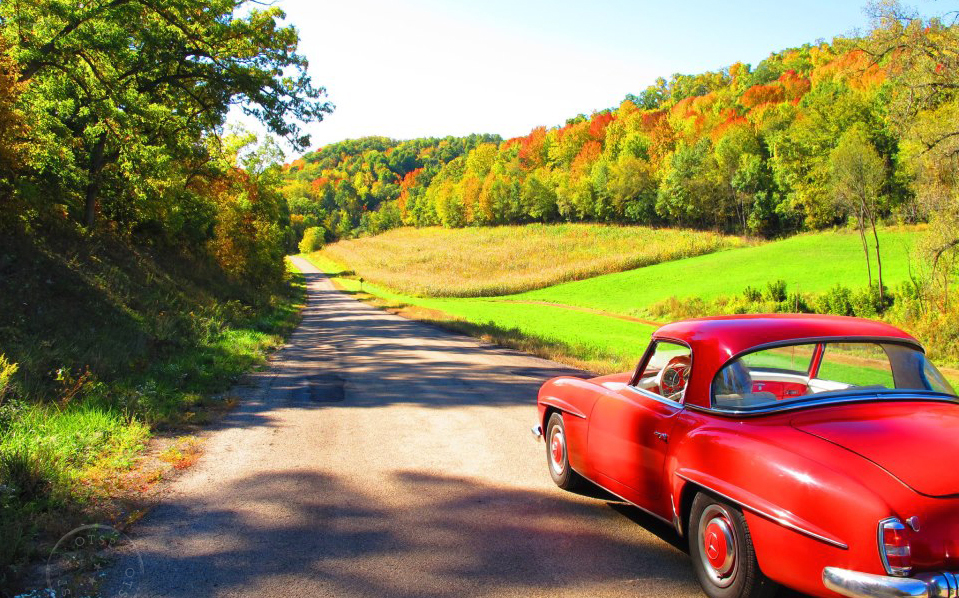 Joyride in the neighborhood ~ Spring Green, Wisconsin USA