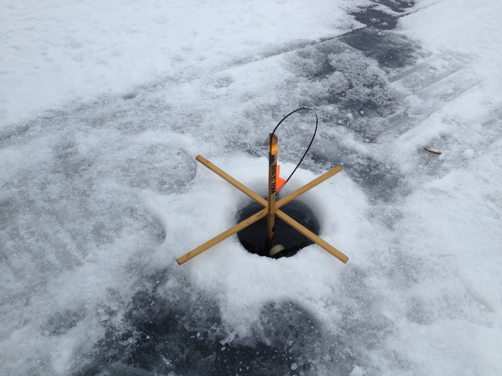 Dope testing in schroon lake ice fishing derby schroon for Ice fishing derby game