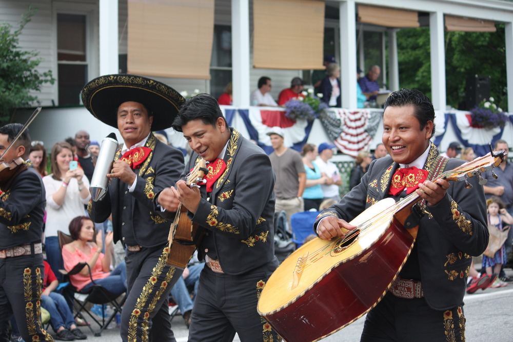 Brooklyn based Mariachi Tapatio de Alvaro Paulino Band