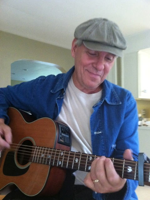 Warren Sieme plays Sticks and Sones tonight from 6:30 pm