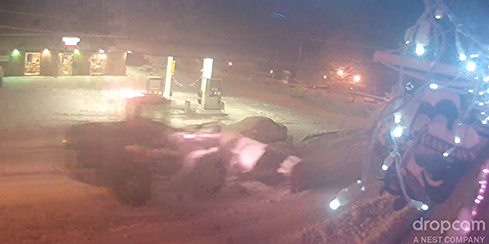 The Big plows were out in force wednesday night. Image, courtesy Flanagan's Pub's Drop Cam.