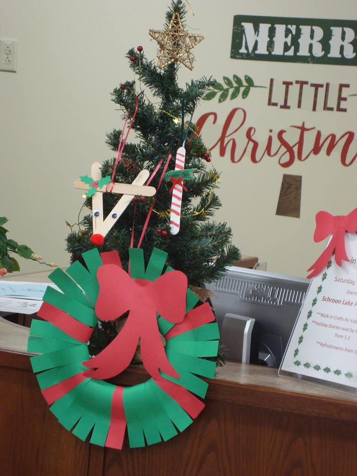 As part of the Christmas in Schroon Lake Celebration on December 9th, the Library will be hosting Walk-in Christmas Crafts for kids from from 10:30 AM -2 PM. They will also be hosting Holiday Stories read by one of Santa's Helpers from 1 PM - 2 PM. Refreshments will be served from 10 AM - 2PM . This event is Free!